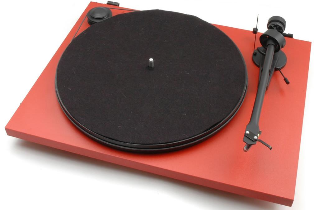 Pro-Ject Essential II Gramofon USB + wkładka Ortofon OMB5e Ramię: Pro-Ject 8.6up, Wkładki: Ortofon OMB 5E, Kolor: Czerwony Polska Gwarancja